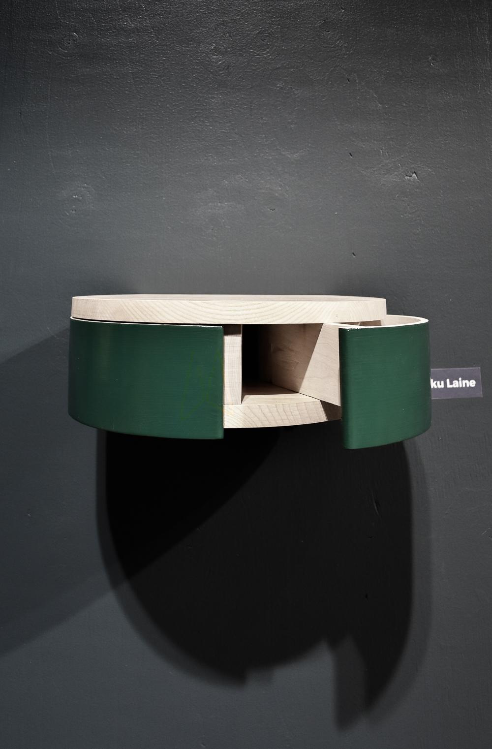 Adaptable shelf