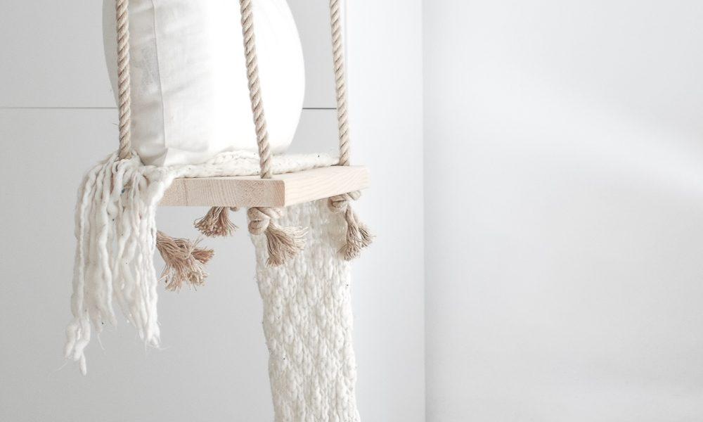 DIY Dreamy Indoor Swing