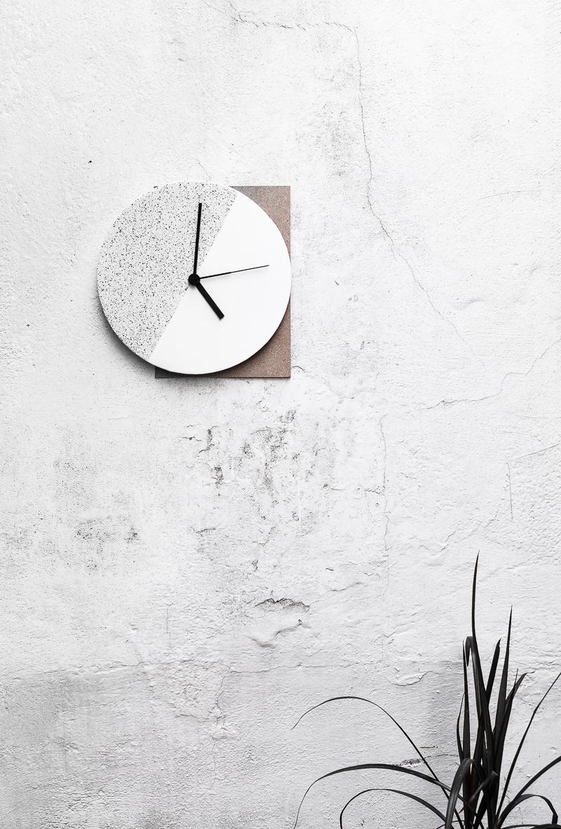 Make it: Component Wall Clock