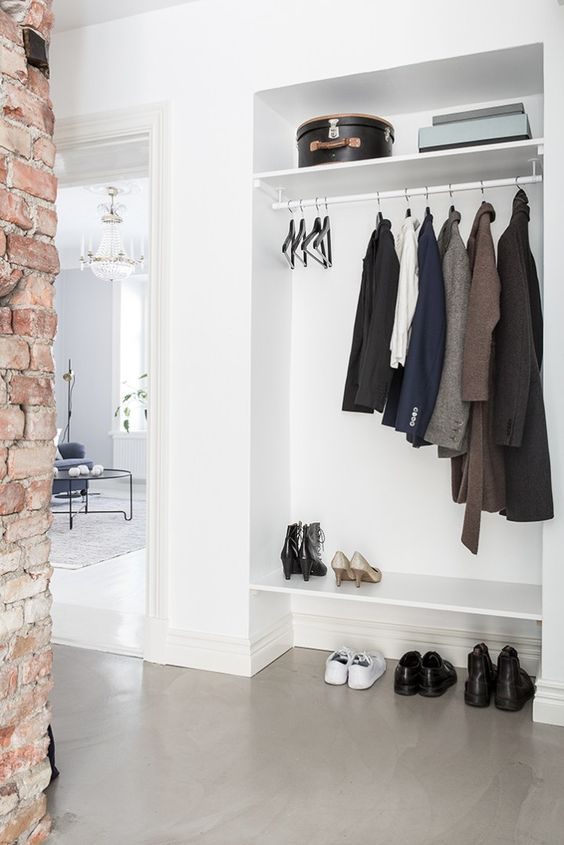 9 Hallways With No Clutter At All