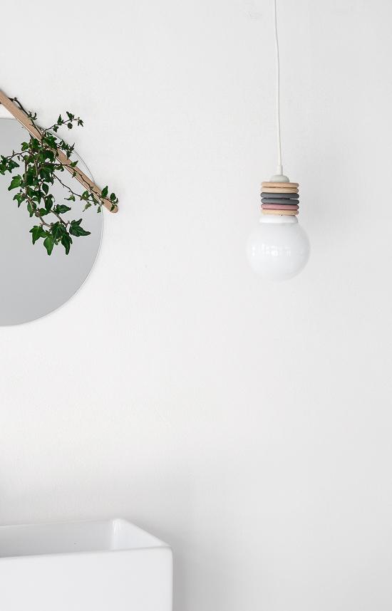 DIY Curtain rings lamp