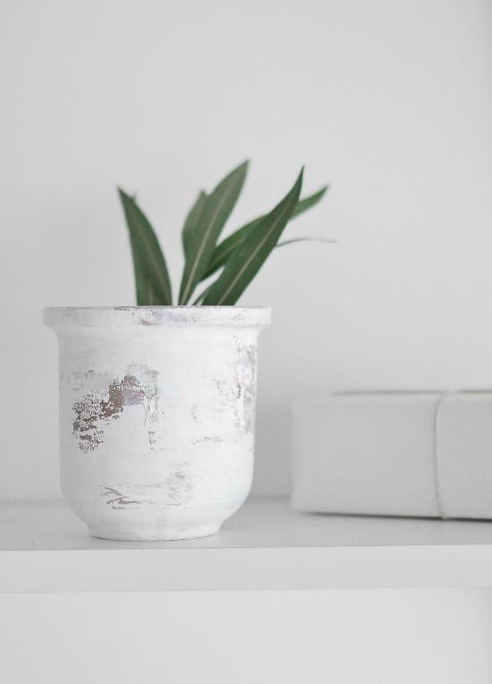 Peeling-Paint-Effect-Vase-Layer-of-Glaze