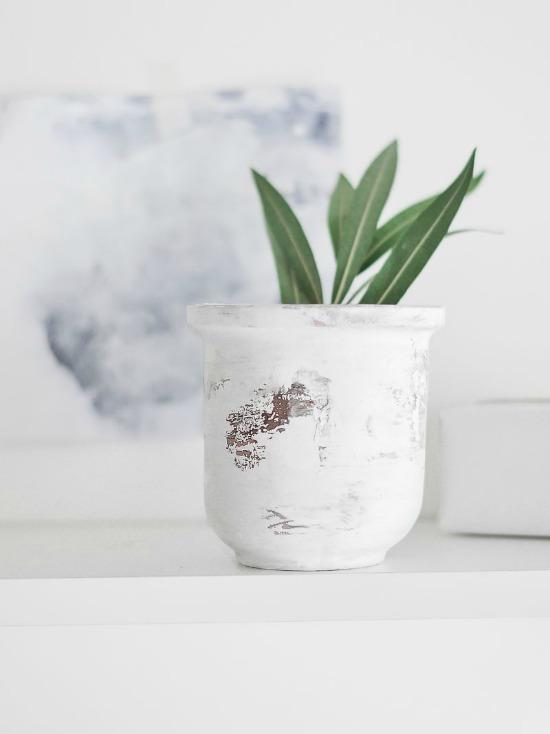 Peeling-Paint-Effect-Vase