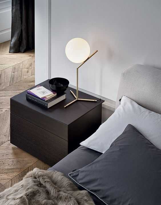 How to choose the right brass lamp for your home?