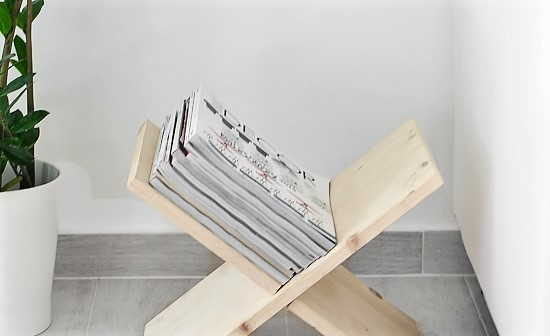 DIY Wooden, X-shaped magazine holder