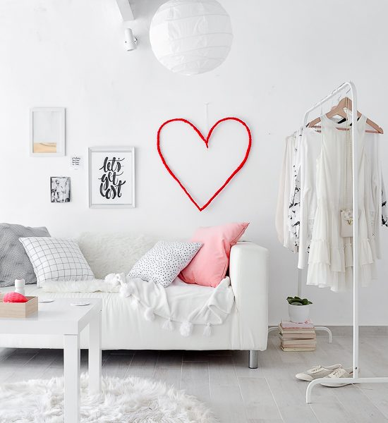 DIY Valentine's Day Wall He-art