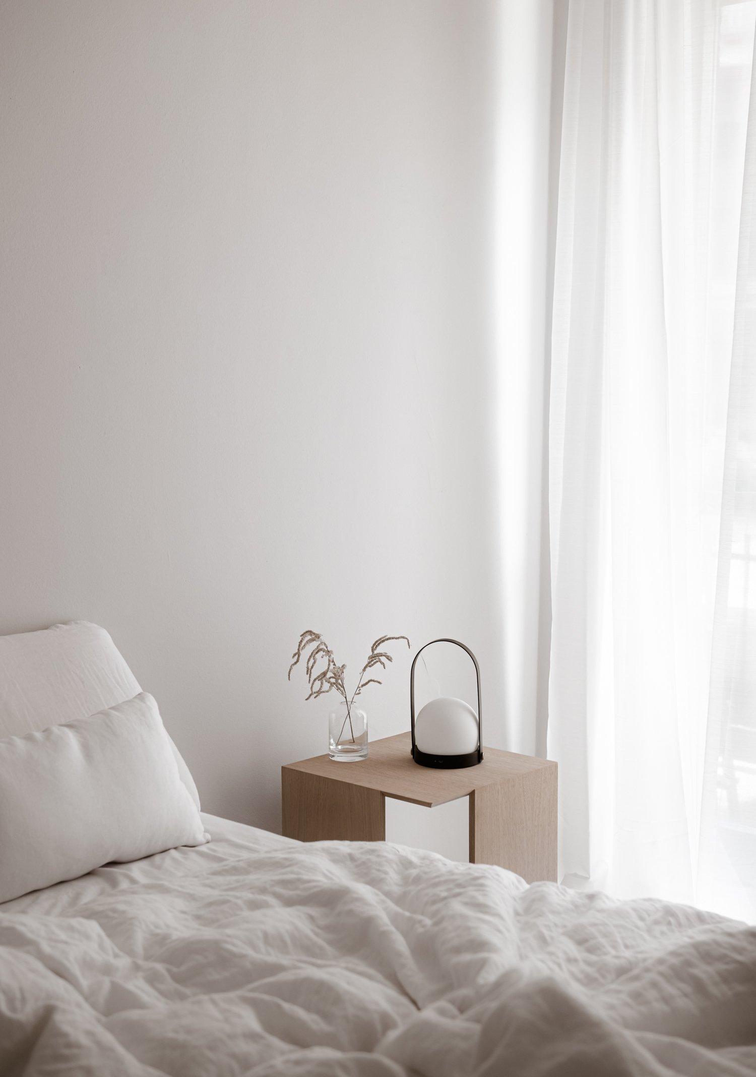 Minimal nightstand
